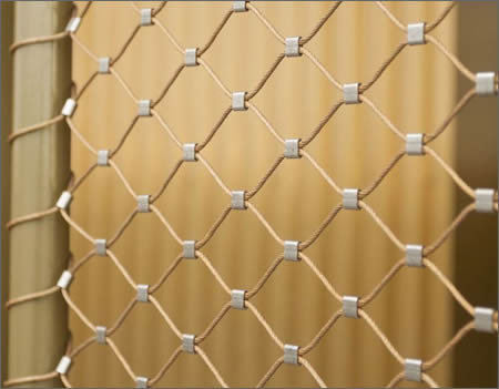Rope net of diamond mesh